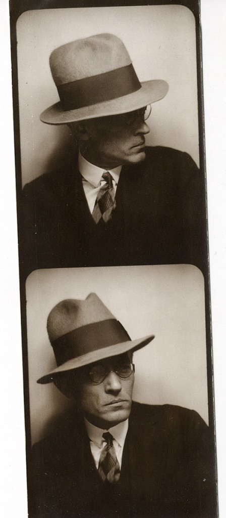 Aleksander Mülber. Pariisis 1930. foto ERA4146.1.7.lk 6.1