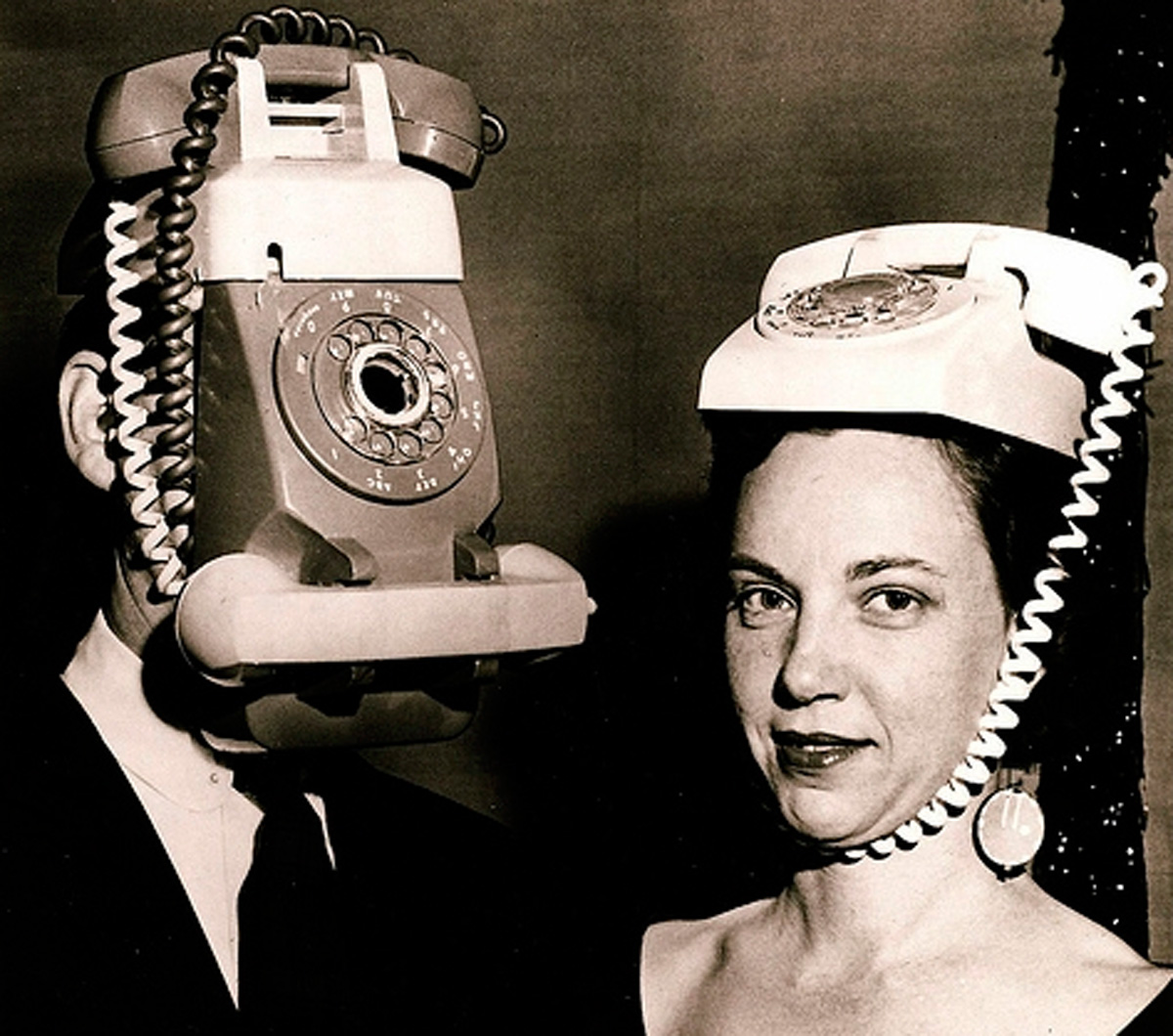 vintage-phone-costume-johnnycupcakes
